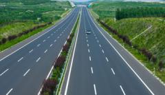 高速公路开车要注意哪些问题