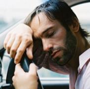 高温天气开车怎么防止事故